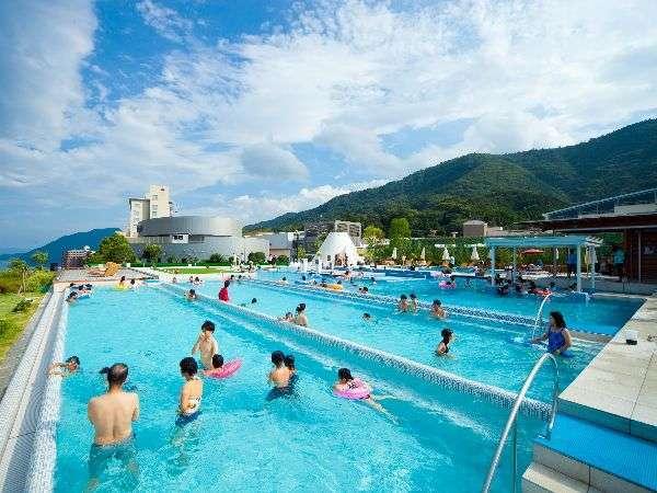 Suginoi hotel for Tsurumi ryokuchi swimming pool