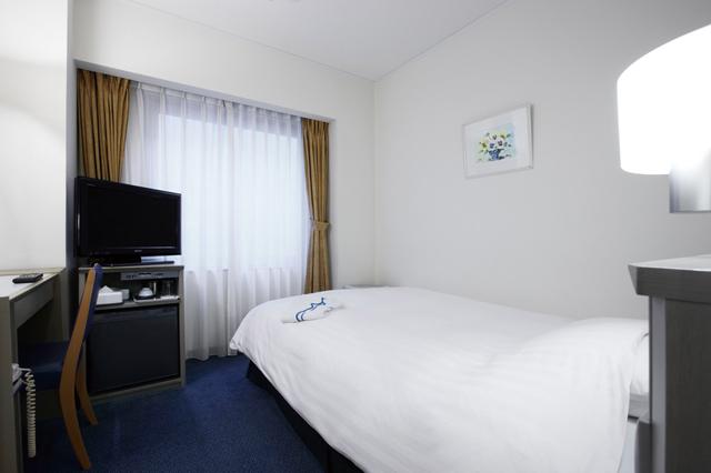 Premier hotel cabin shinjuku fomer hotel vintage shinjuku for Cabin hotel tokyo